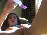 Cassia Riley Oils Her Pussy