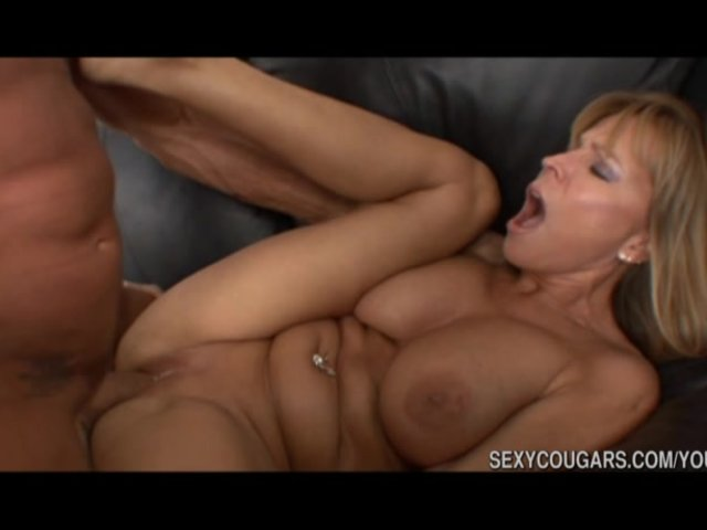 nudist massage australian cougar porn