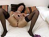 Porno Video of Intense Cougar In Lingerie Masturbation