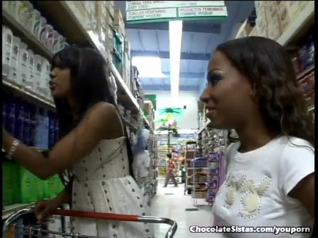 Sex Tubes of Ebony Hotties Fuck Each Other With Big Dildos