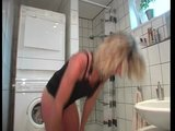 Porno Video of Georgous Blonde Bangs Herself  On The Toilet