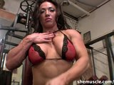 BrandiMae - SheMuscle