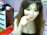 Sweet and Hot Oriental Teen Webcam Strip