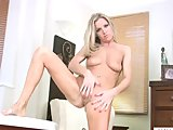 Mature Louise Dakotah solo masturbation