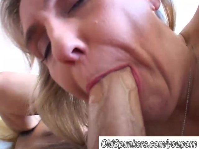 Awesome threesome fuck and blowjob