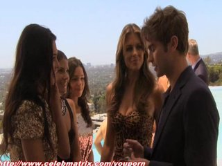 Celeb Celebrities Celebrity video: Elizabeth Hurley - Gossip Girl