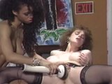Retro Babes Getting it on - Vidway
