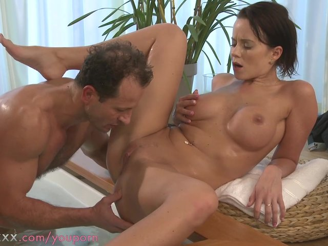 Hot couples porn movie clips
