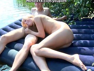 Sex Girl Fucks video: first sexual experience at the lake