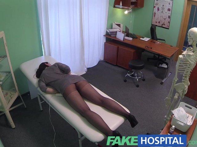 Fakehospital hidden cameras catch female patient using massa 7