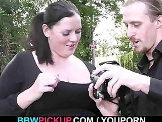 Chubby Busty Plump video: Smart dude tricks BBW into sex