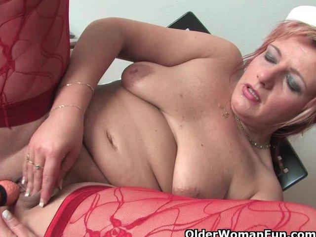 Antonia rubbing clitoris toys her