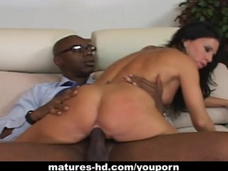 Porno video: Stunning raven haired MILF rides on a black cock