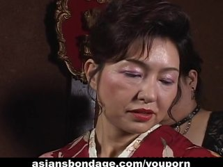 Japanese Bdsm Bondage video: Japanese MILF in kimono gets tied up