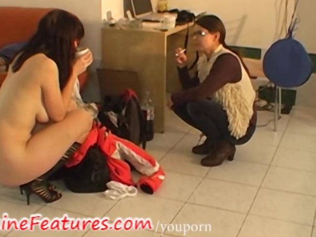 Backstage Behind The Scene Brunette video: Backstage fun with intelectual busty girl