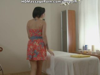 Asian beauty gets in massage fuck