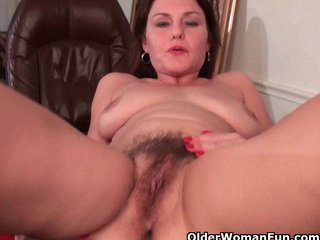 Hairy Milf video: Furry moms fill their hairy sex hole with fingers and cock