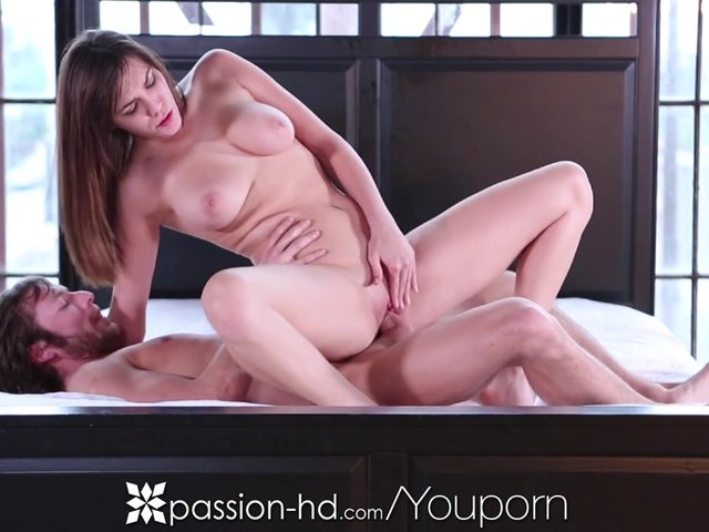 HD Holly Michaels takes a thick dick in her pussy