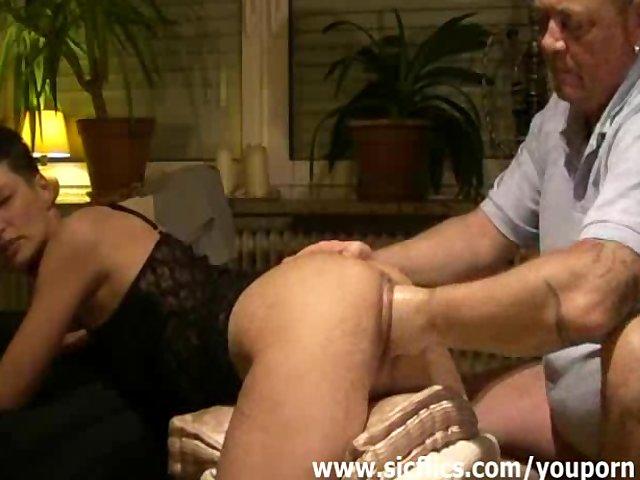 eating pussy good porno